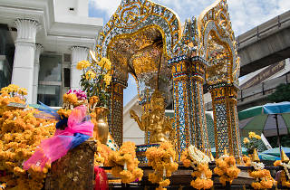 Erawan Shrine 01
