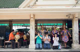 Erawan Shrine 06