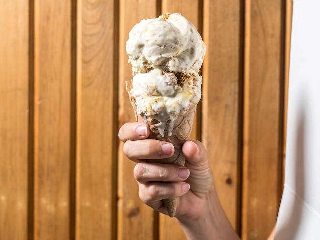 There's an outdoor ice cream-eating contest in Brooklyn this month (yes, really)