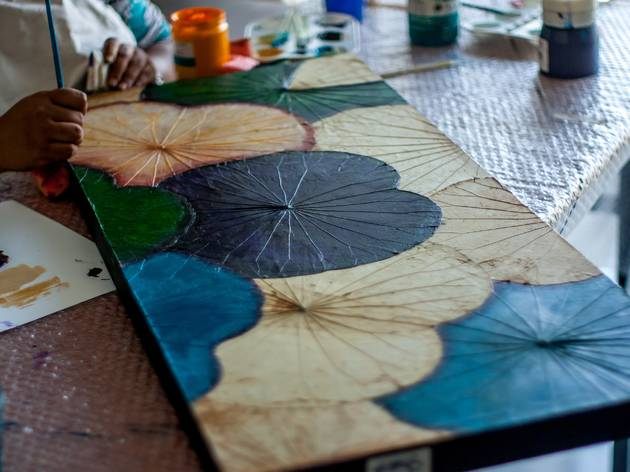 Lotus leaf painting workshop