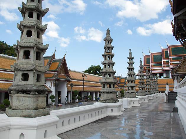 Wat Sutha 04