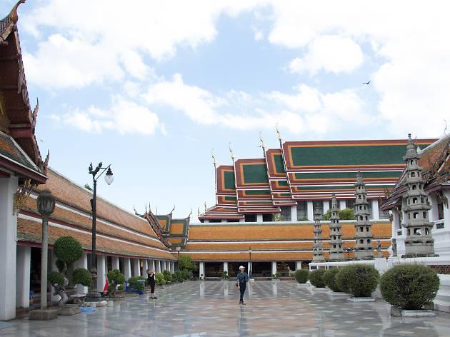 Wat Sutha 07