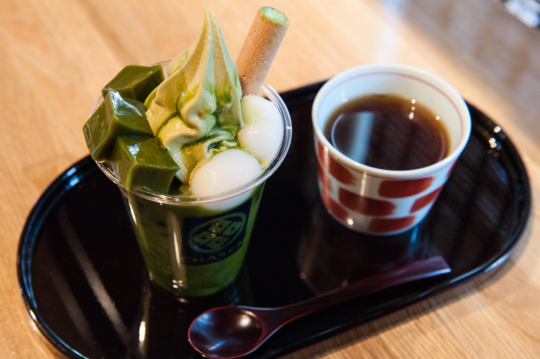 Combine tea with tea dessert...