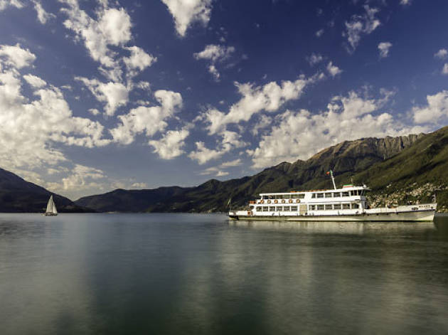 Take a cruise to the Brissago islands