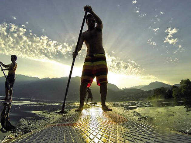 Test you balance on a paddle boarding