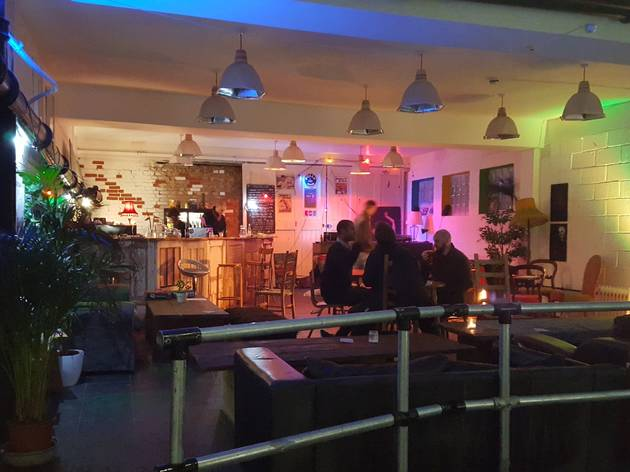 New river studios things to do in south tottenham london - Maison river road studio a ...