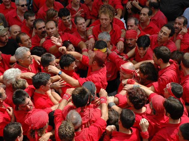 The 'pinya': Passion for the 'castellers' from inside