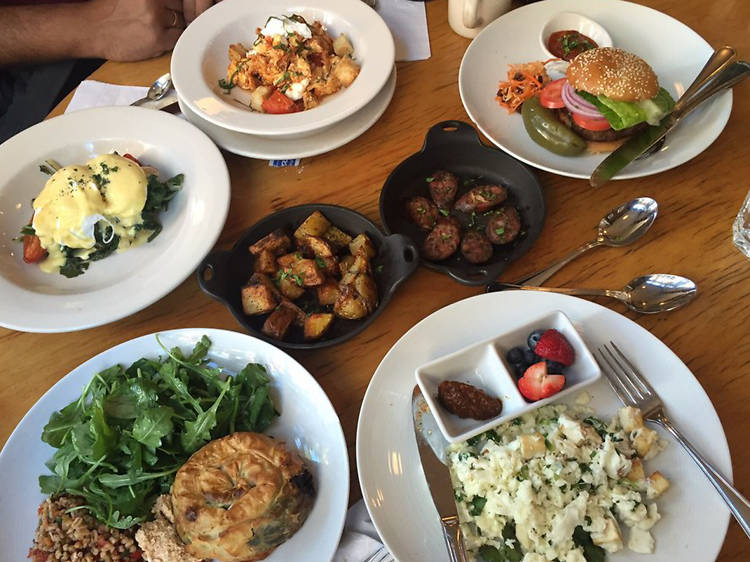 Check out the best Greek restaurants in NYC