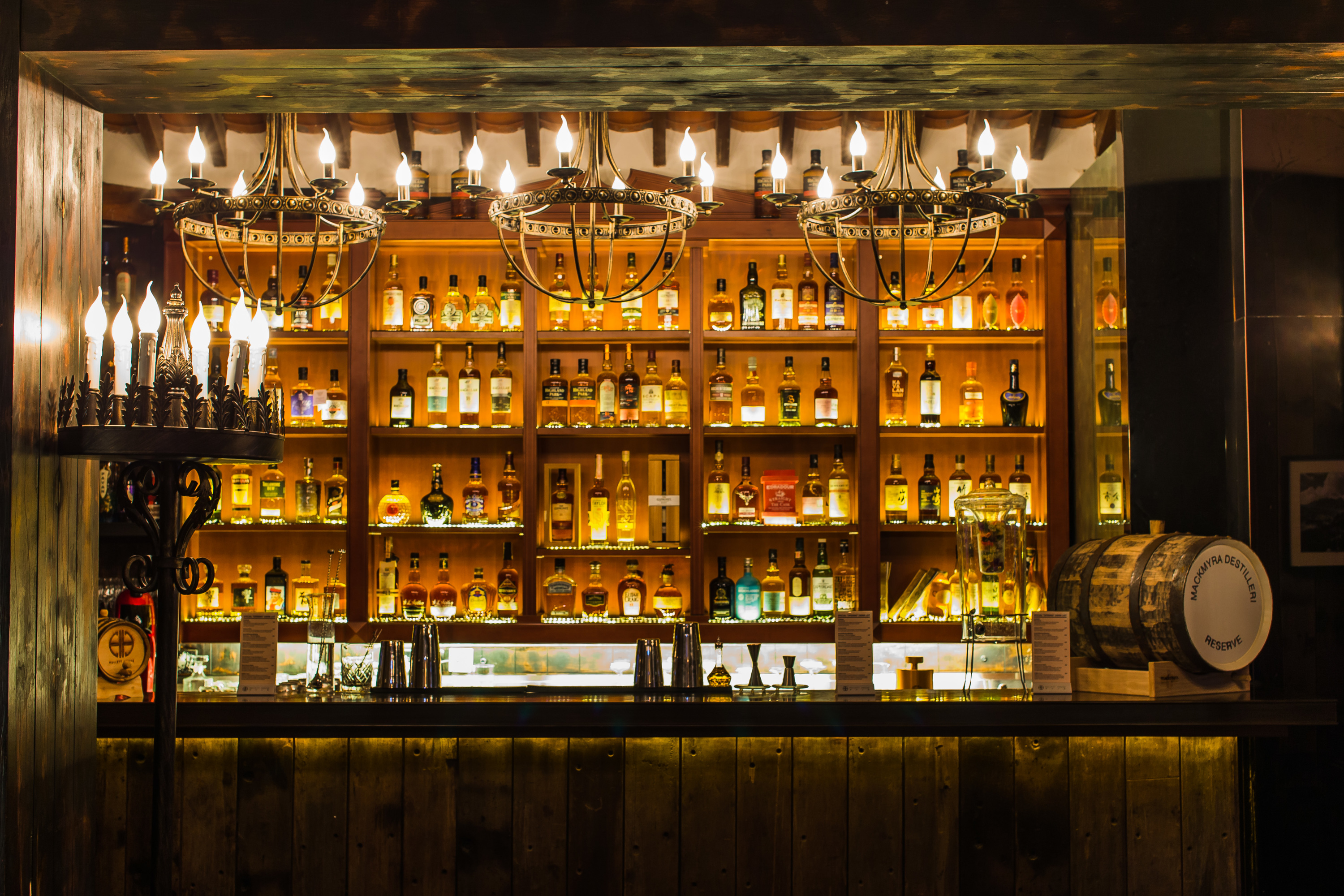 Bars And Pubs In Hong Kong The Best Places To Drink