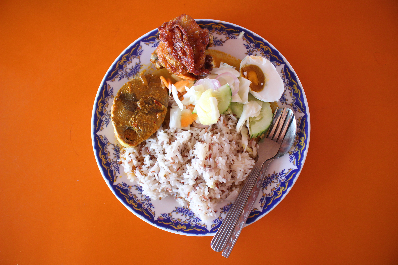 Chunburi Seafood nasi dagang