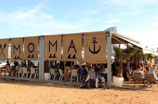Moma Beach Bar