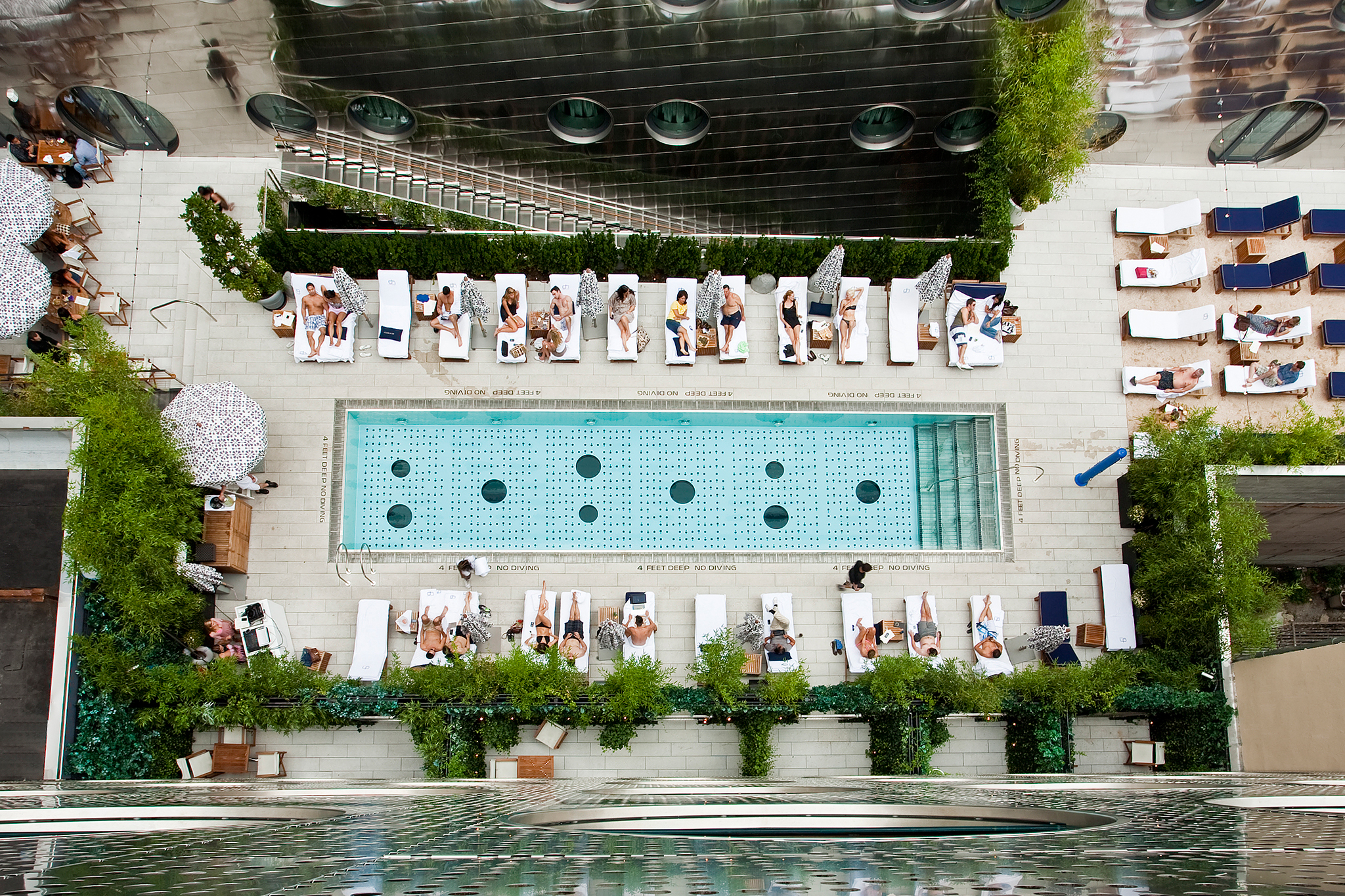 The best NYC hotels with pools