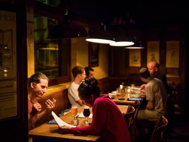 Couple at Local Taphouse, Darlinghurst