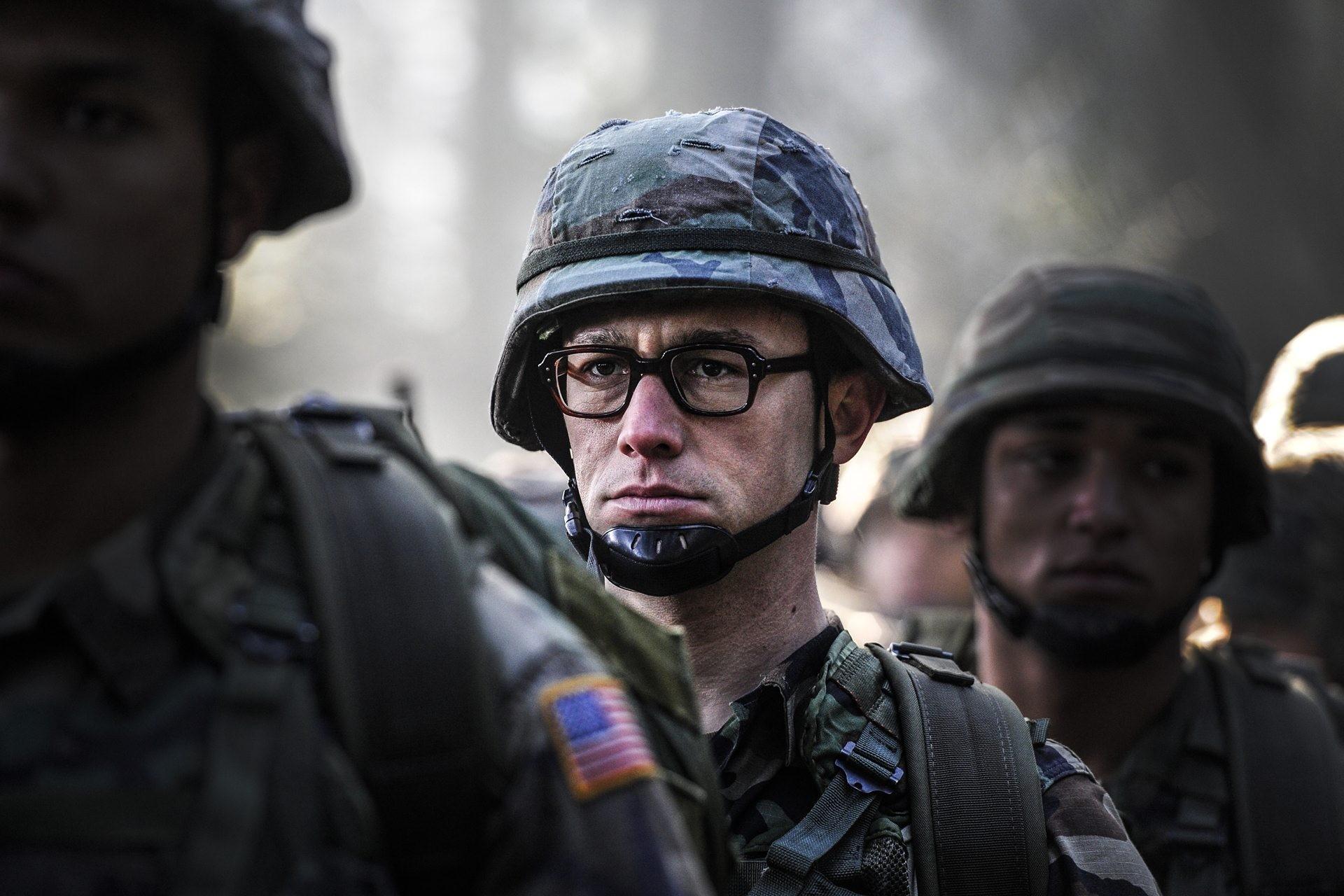 Bande-annonce : Quand Edward Snowden inspire Oliver Stone pour un biopic