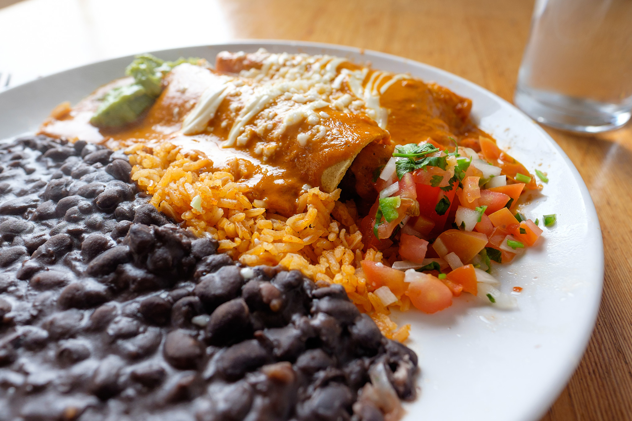 Best Mexican Restaurants In Miami For Moles Tacos And Burritos