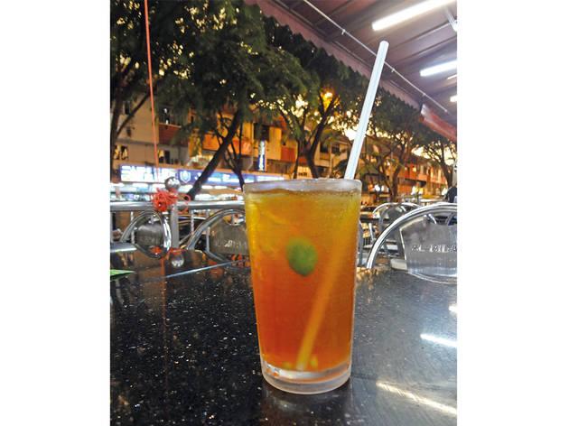 Teh o' ais limau at Restoran Al-Bidayah
