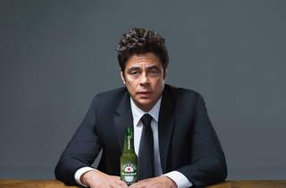 Heineken behind the red star, Benicio Del Toro