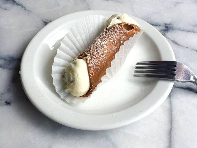 Cannoli at Stella Bakery