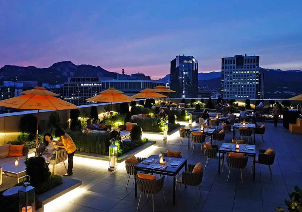 Hotel Rooftop Bars We Ve Got Great Ones Here In Seoul