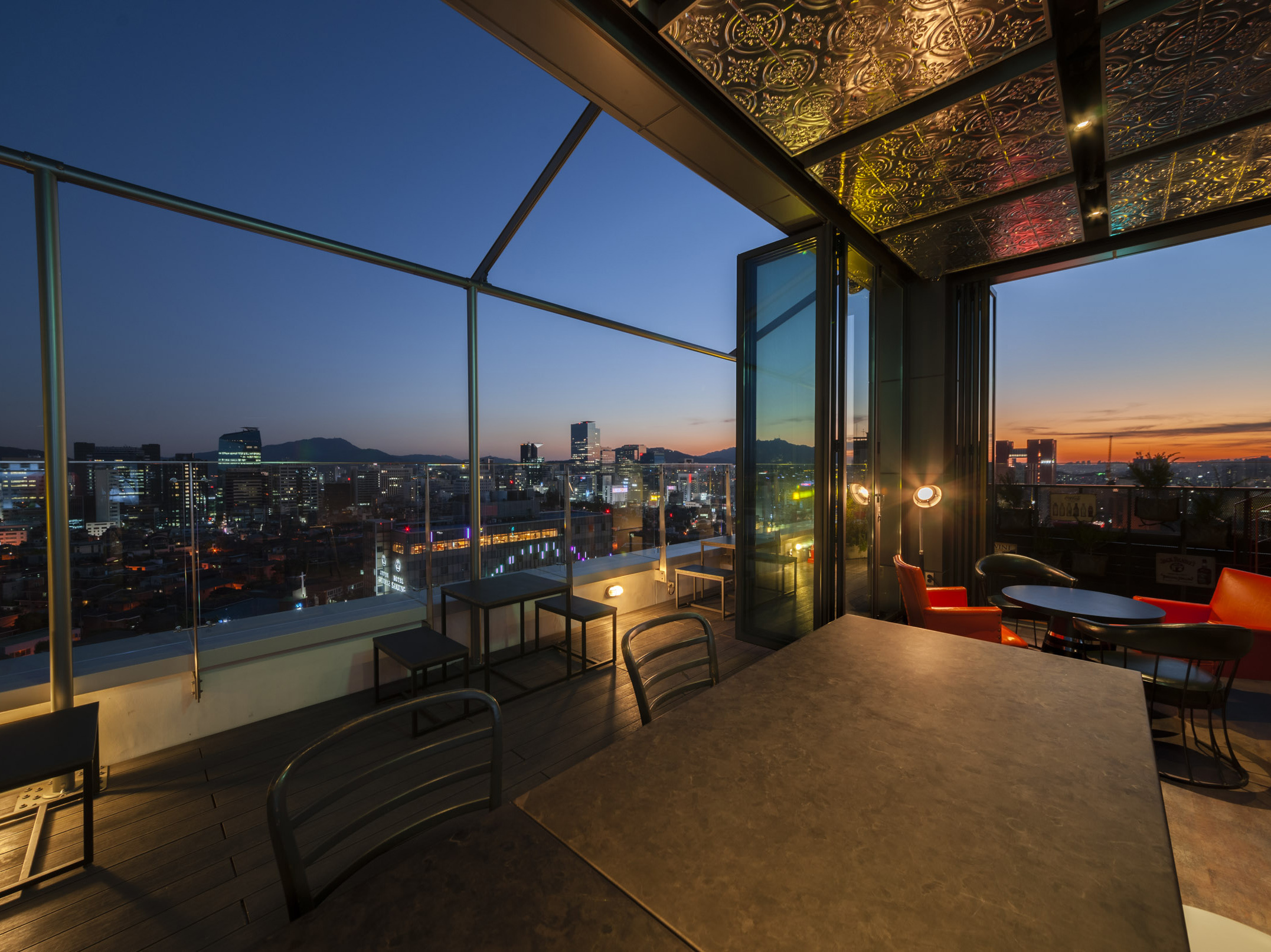 rooftop bar hotel seoul cappuccino bars