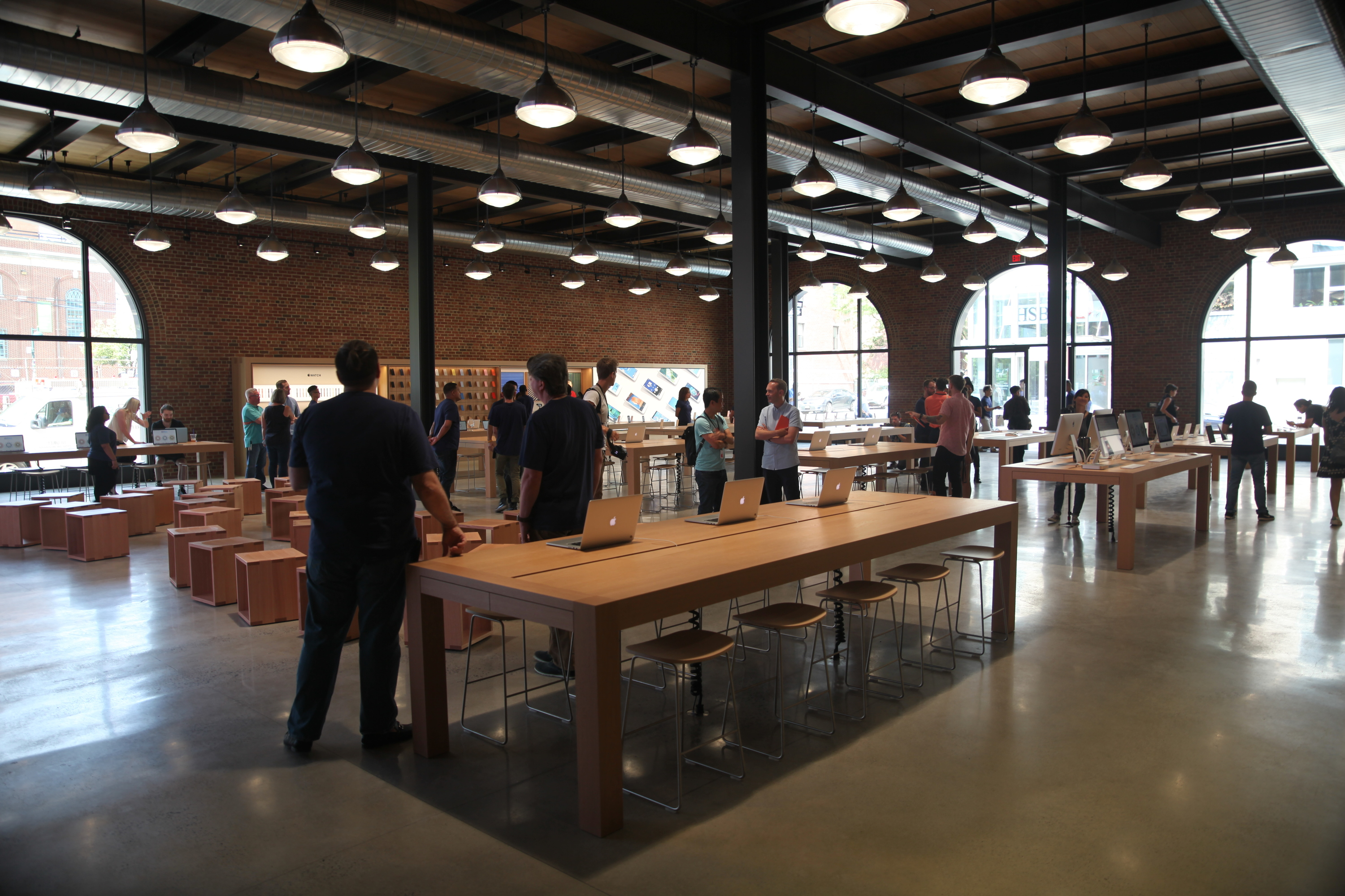 First look at the new Williamsburg Apple Store