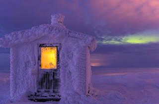 (Gunar Streu: Dundret nature reserve, Swedish Lapland. Commended, Moment in Light 2015)