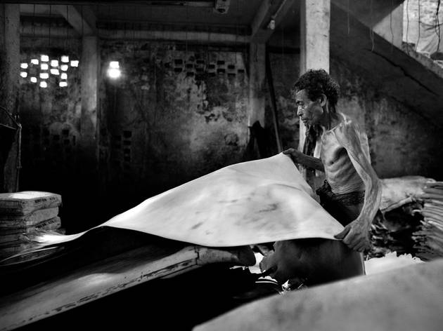 (Larry Louie:  Hazaribagh Tannery Area, Dhaka, Bangladesh. Highly Commended, Monochromal 2015)