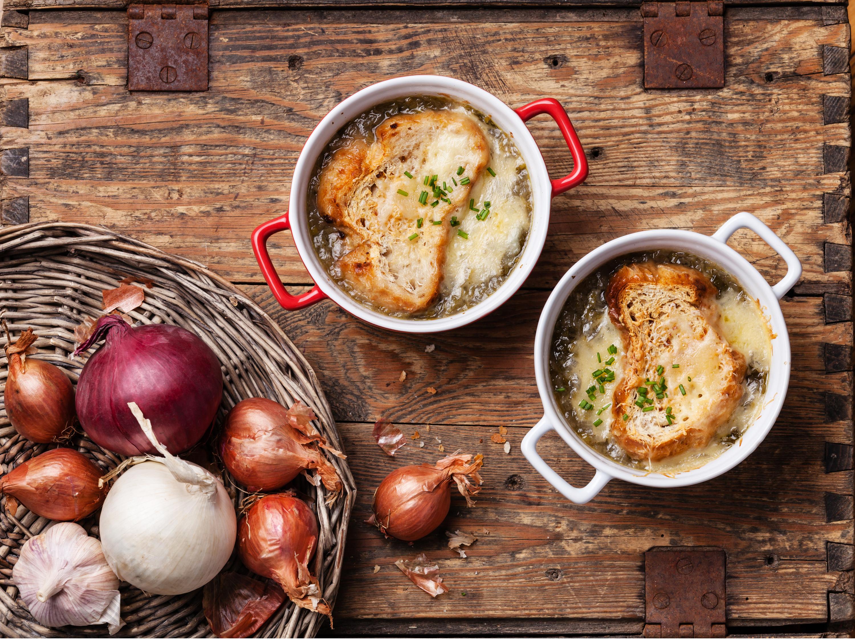 • Une soupe à l'oignon au Pied de Cochon