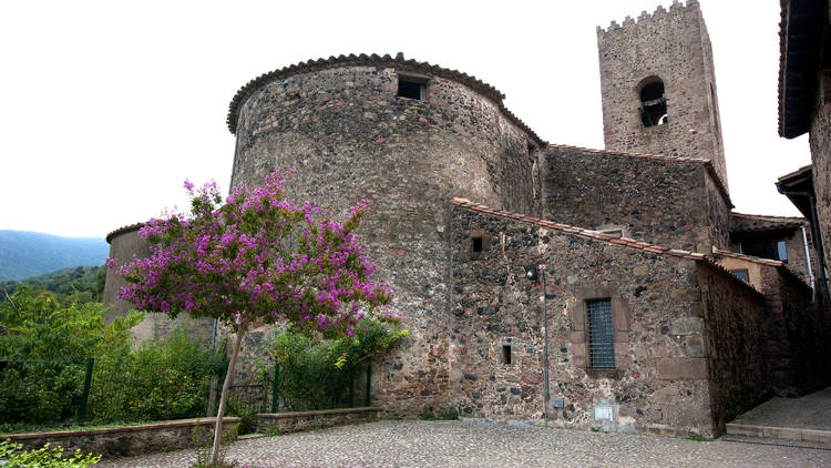Ruta medieval per Santa Pau