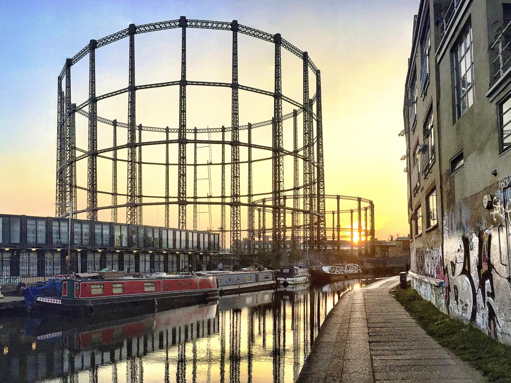 Seven Alternative Wonders of London, gas holders