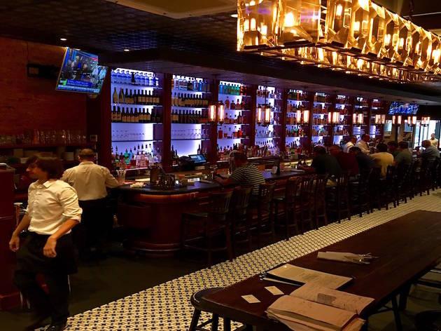 Annie Moore's Bar & Restaurant