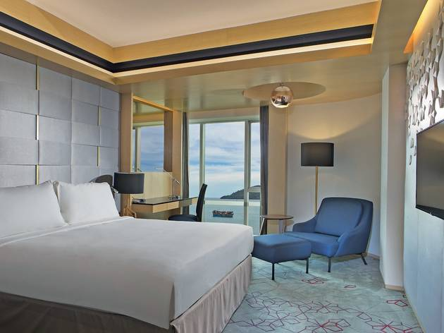 Le Meridien Kota Kinabalu Vista Suite