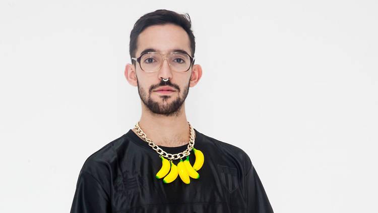 Pablo López, standupero LGBTTTI de la CDMX