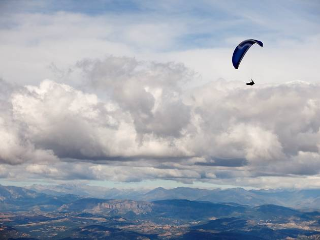 Paragliding in Montsec