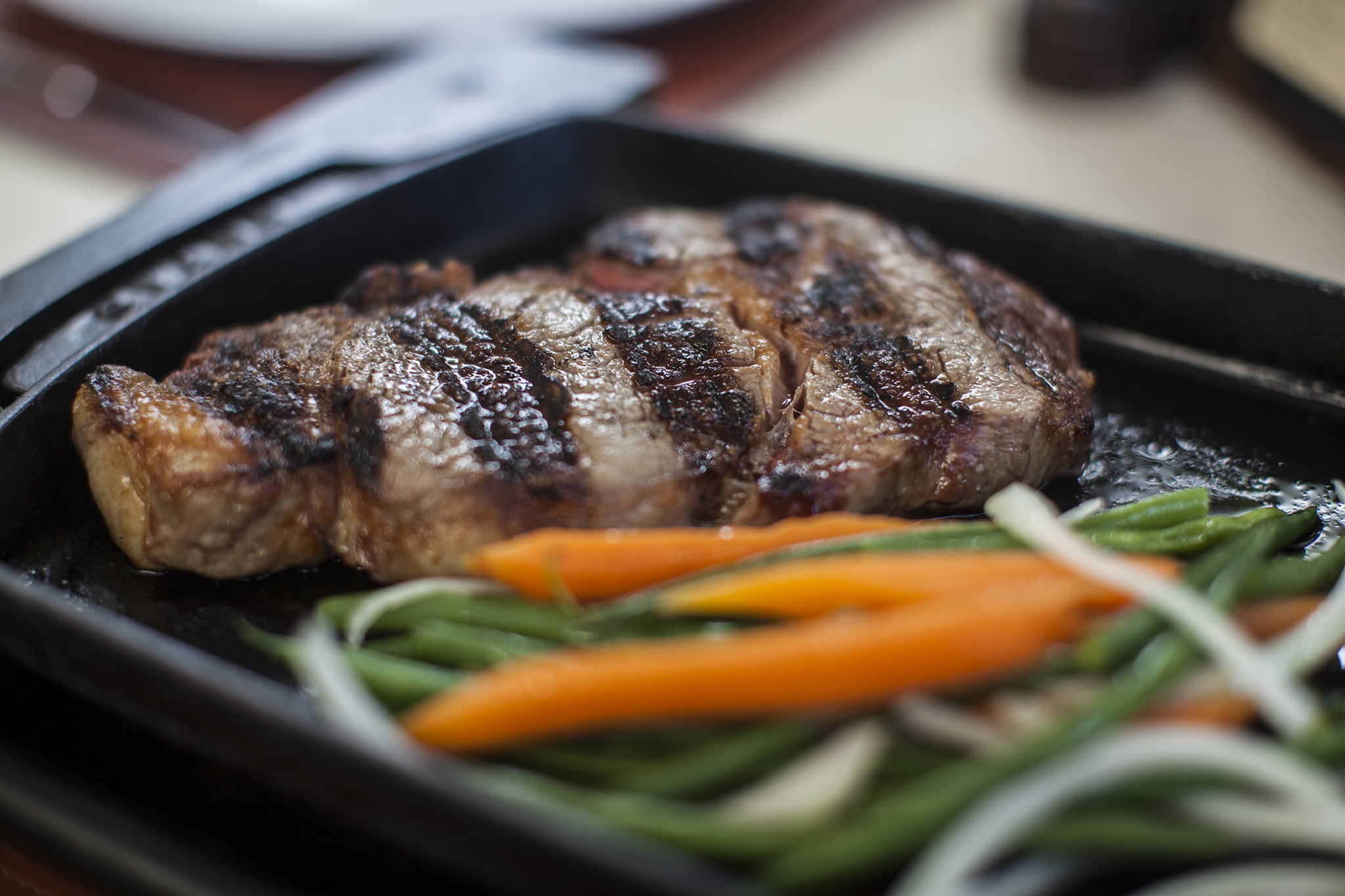 Pm fish steak house restaurants in brickell miami for Pm fish steak house