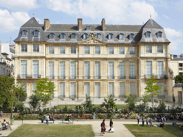 A lively arts fest grants free access to 24 historic institutions in the Marais