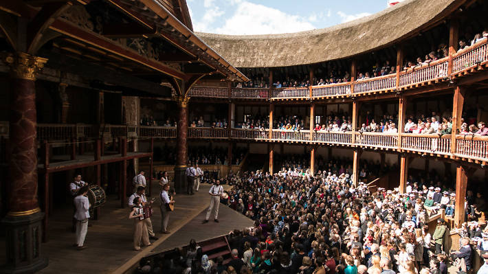 Open-air theatre at the the Globe