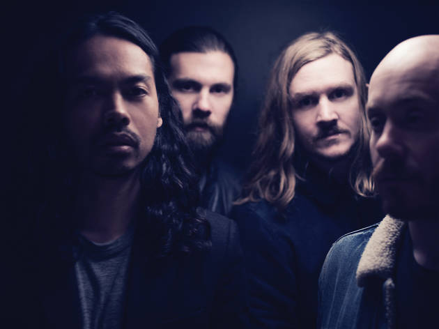The Temper trap standing in the shadows