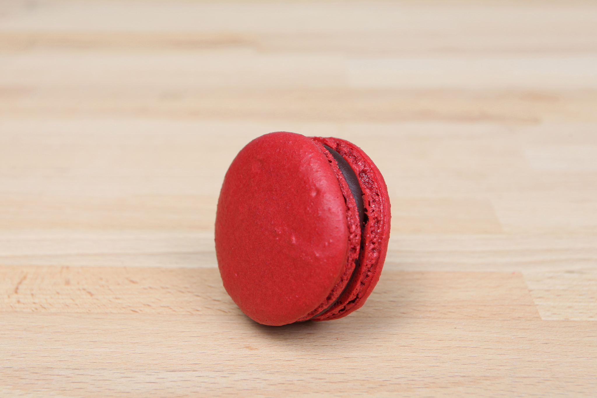 blood orange macaron