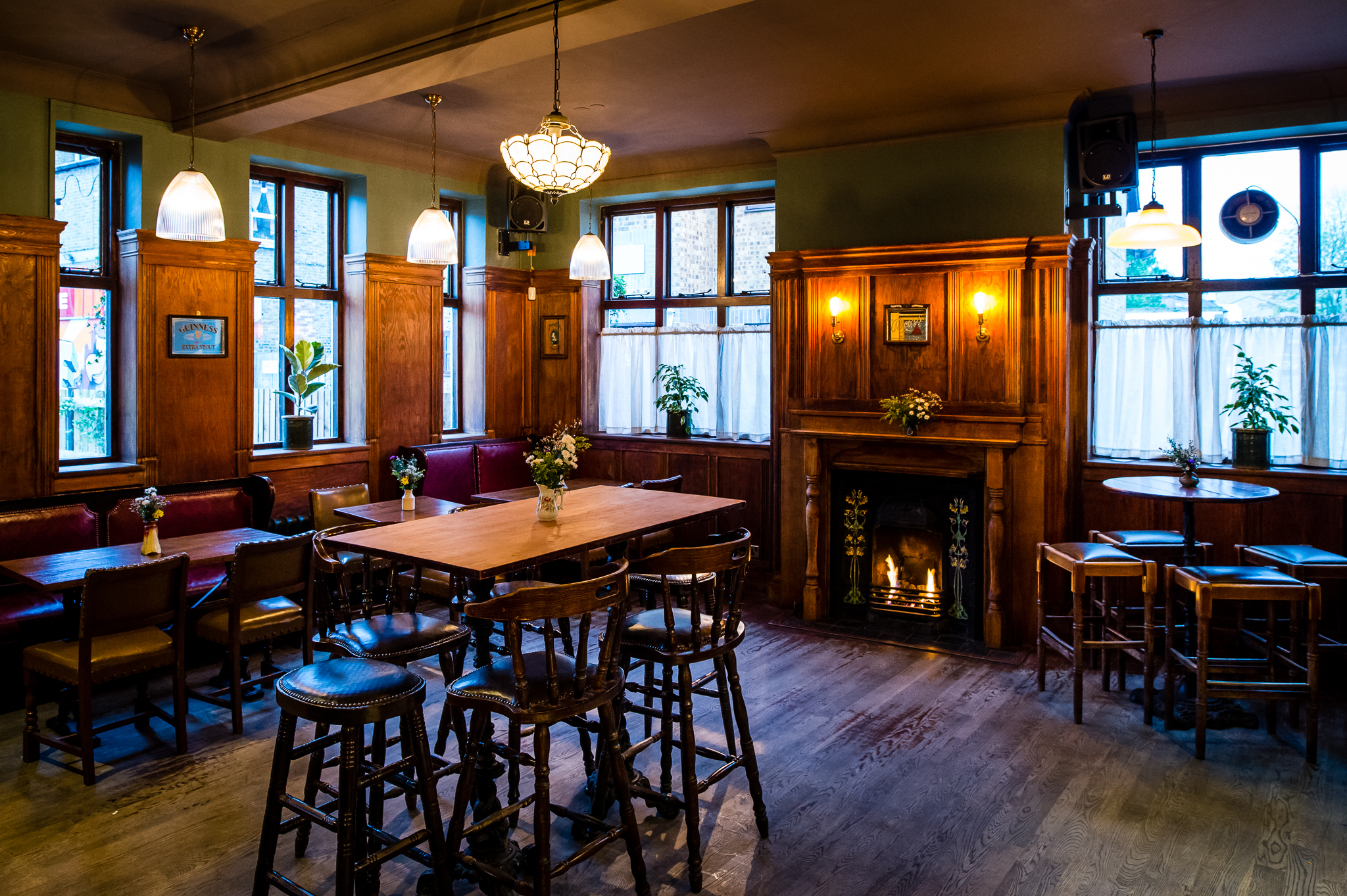 The White Horse Bars And Pubs In Peckham London