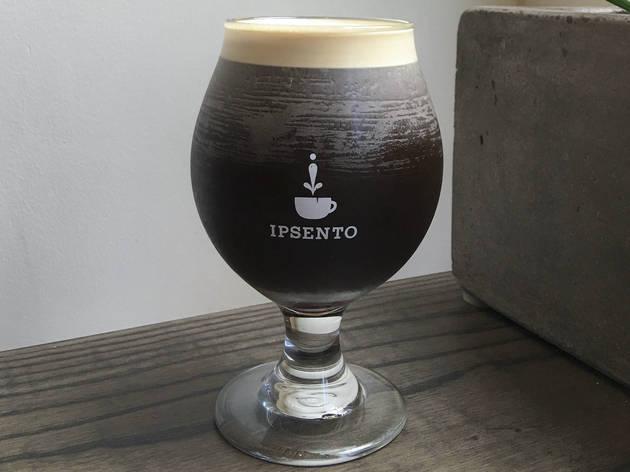 Nitro coffee at Ipsento Coffee