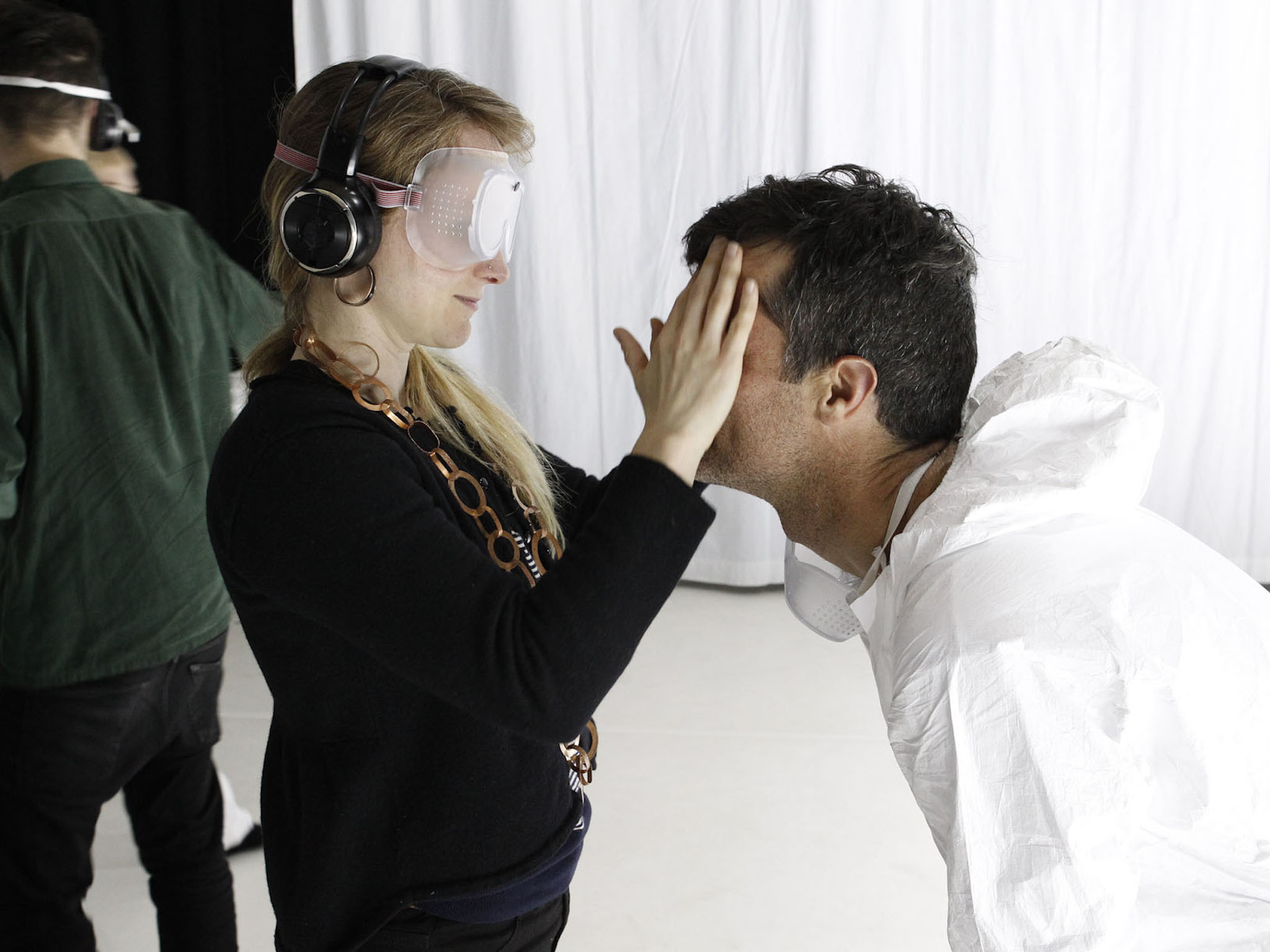 Imagined Touch: the deafblind art experience
