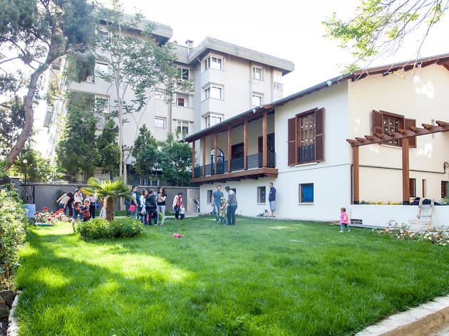 Başka Bir Okul Mümkün kooperatifinin Moda'daki anaokulu binası