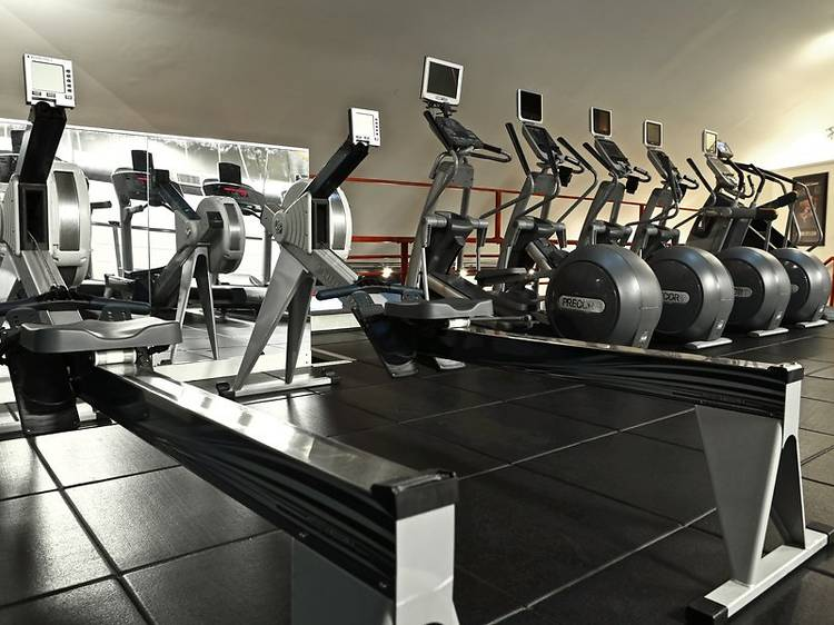 Iron Fitness (TEMPORARILY CLOSED)
