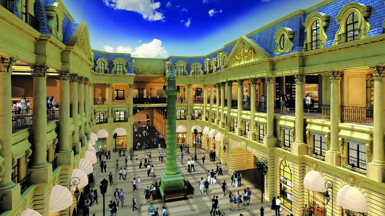 The Parisian Macao – Place Vendome