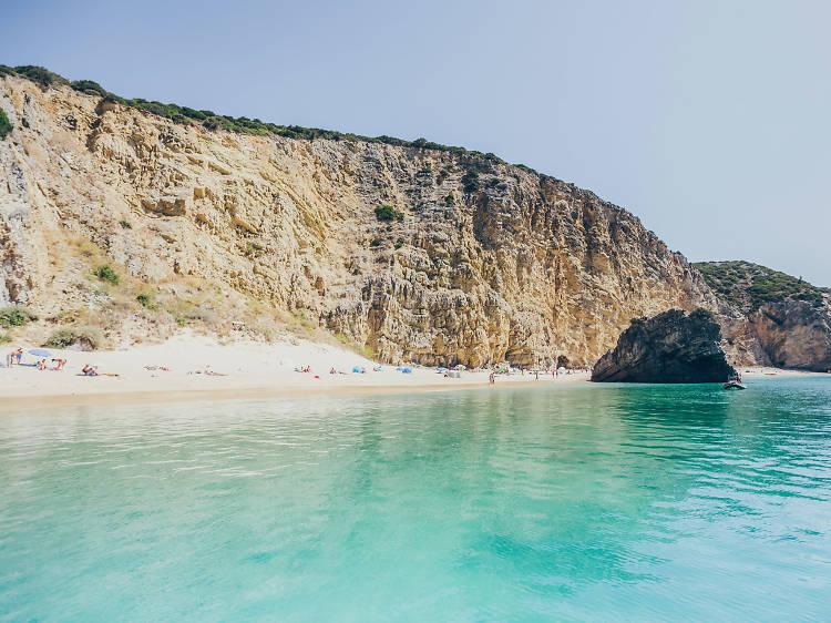 As melhores praias a uma hora de Lisboa