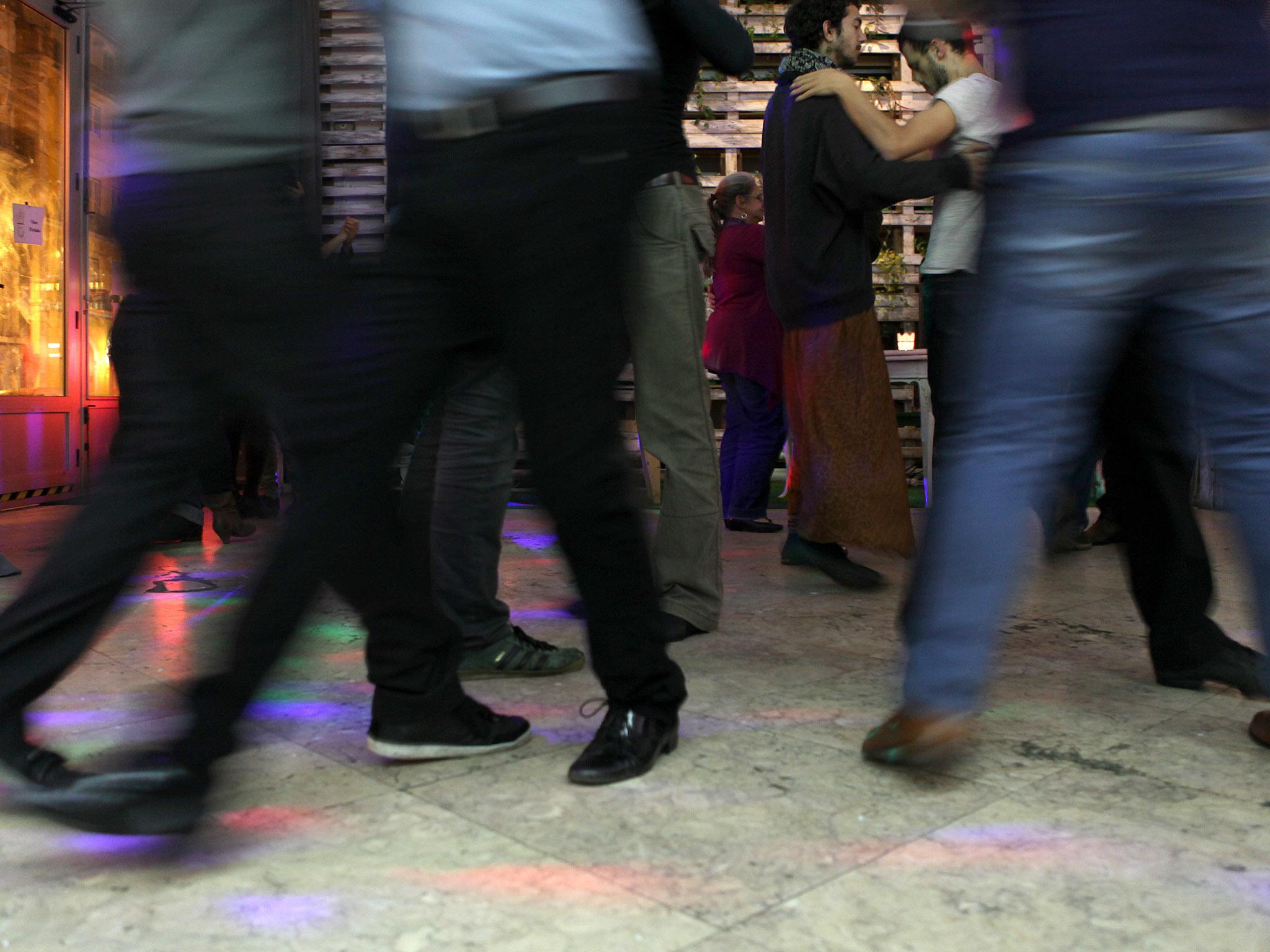 Dance um tango queer