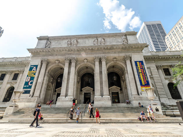 You can download over 3,000 courses through the NYPL for free