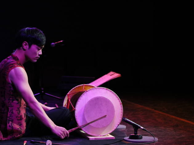 Folk percussion by Hong Sung-hyun