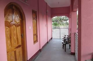 Gnanam Restaurant & Guesthouse